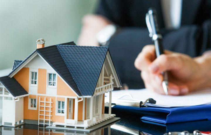 Dette-betaler-du-megler-for-ved-salg-av-bolig